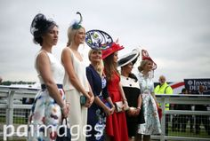 2016 Investec Epsom Derby Festival - Investec Ladies Day - Epsom Racecourse - Images - Press Association Epsom Derby, Sports Pictures, Crown, Fashion, Moda, Corona, Fashion Styles, Fashion Illustrations, Crowns