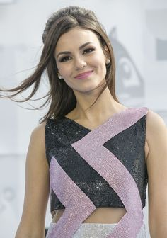 Victoria Justice – 2015 MTV Movie Awards in Los Angeles  Posted on April 13, 2015