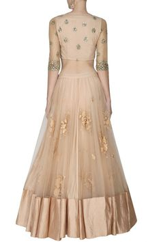 This set features a peach lehenga in net base appliqued with cream thread floral embroidery all over the front and back and criss cross sequins border around the hem. It has a can-can underlayer. Golden Lehenga, Red Lehenga, Anarkali, Churidar, Indian Attire, Indian Wear, Indian Style, Pakistani Outfits, Indian Outfits