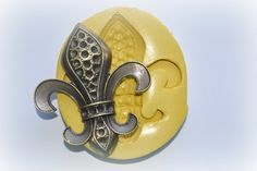 Hey, I found this really awesome Etsy listing at https://www.etsy.com/listing/192683079/0823-xl-jumbo-sized-fleur-de-lis