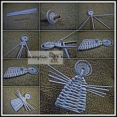 Flax Weaving, Willow Weaving, Paper Weaving, Basket Weaving, Newspaper Basket, Newspaper Crafts, Origami And Kirigami, Basket Crafts, Magazine Crafts