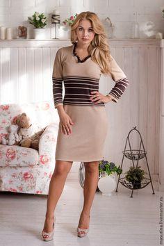 """Купить Платье """"Сливки в кофе"""" - коричневый, коричневое платье, вязаное платье, платье с декольте, платье"""