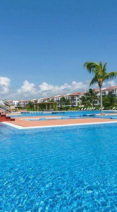 The ultimate in resort-style living! $988K #playadelcarmen