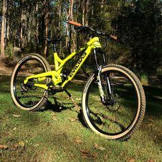 7140b44b17e Evil Bikes Insurgent - Bam Silva's Bike Check - Vital MTB