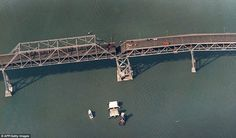 Bay Bridge after 1989 Loma Prieta quake, San Francisco San Francisco Bay, San Francisco Giants, San Francisco Earthquake, Today In History, Thing 1, Natural Disasters, Bay Area