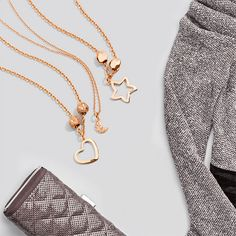 By a candlelight or by the fireplace  the Dodo Silhouette Heart and  Starfish charms in rose gold are the perfect touch to your winter outfit. 1c51422791