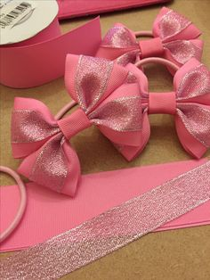 Girls pink glitter hair bows - www.dreambows.co.uk #girlsbows #ukhairbows #pinkbows