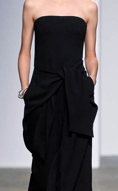 Sportmax | Spring 2015 http://www.style.com/fashion-shows/spring-2015-ready-to-wear/sportmax/collection