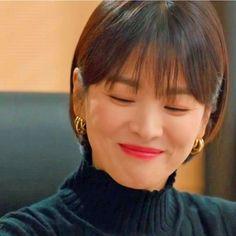 Encounter Boyfriend Song Hye Kyo Inspired Earrings 010 - So Not Size Zero Short Hair With Bangs, Hairstyles With Bangs, Short Hair Styles, Songs For Boyfriend, Song Hye Kyo Style, Divas, Hary Styles, Korean Accessories, Size Zero
