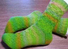 Shur'tugal sukat kirjasta Socktopus Socks, Sock, Stockings, Boot Socks, Hosiery
