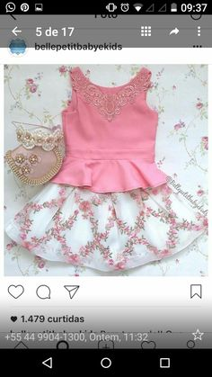 www.pepaonline.com No puede ser más bonito! Vestido de rayas turquesas de Fina Ejerique en Vestidos para Bebé. Los vestidos para tu bebé más bonitos en esta tienda online Kids Dress Clothes, Girls Dresses Sewing, Frocks For Girls, Cute Little Girl Dresses, Baby Girl Dresses, Baby Dress, Fashion Kids, Baby Girl Crochet, Simple Dresses