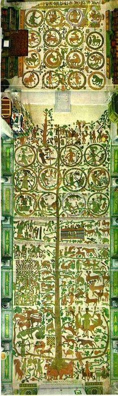 mosaico della cattedrale di Otranto, opera del monaco Pantaleo che nel 1165 volle raffigurare l'albero della vita con riferimento al Vecchio Testamento e a miti contemporanei come la leggenda di Re Artù, ogni tanto si affaccia una nuova ipotesi interpretativa....