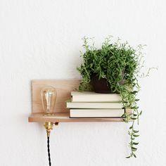 Une étagère lumineuse / Shelf
