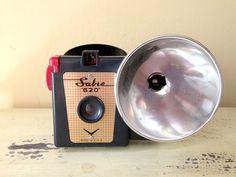 Vintage Camera Sabre 620 Black Bakelite by VintageJunkInMyTrunk, $43.00