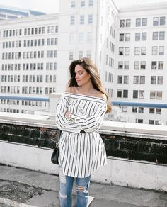 Stripes in the city wearing @storets top  Sign up for @liketoknow.it to receive outfit details www.liketk.it/2gfx2 #liketkit #ltkunder100  @lightmeetsthesea by sarahstylesseattle