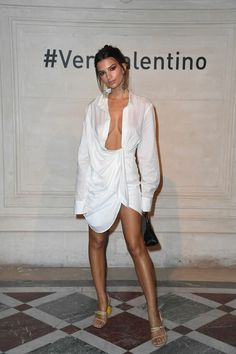 A Very Valentino (and Vivacious) PostShow Party is part of Spring fashion Modest Patterns - The Italian fashion house hosted their own disco after presenting their latest collection Emily Ratajkowski Outfits, Sexy Bluse, High Fashion, Womens Fashion, Fashion Tips, Urban Outfits, Italian Fashion, Mannequins, Spring Summer