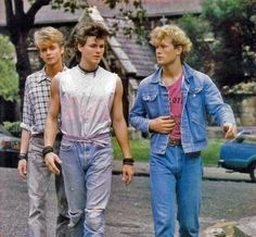 fashion guys Hey guys, what are your thoughts about the fashion in 80s Guys Fashion, 1980s Fashion Trends, Retro Fashion, Vintage Fashion, Fashion Outfits, Fashion Fashion, 1980s Mens Fashion, Fashion Shops, Fashion Clothes