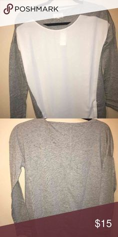 Loft top Great light weight top. Nice for spring. Lou and grey line in size xs LOFT Tops Blouses