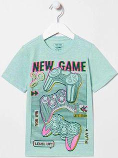 News Games, Mens Tops, T Shirt, Fashion, Supreme T Shirt, Moda, Tee Shirt, Fashion Styles, Fashion Illustrations