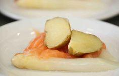 Topkok Ron Blaauw's Opperdoezer ronde met asperges en zalm: http://www.opperdoezerronde.nl/Recepten/Recept-2/