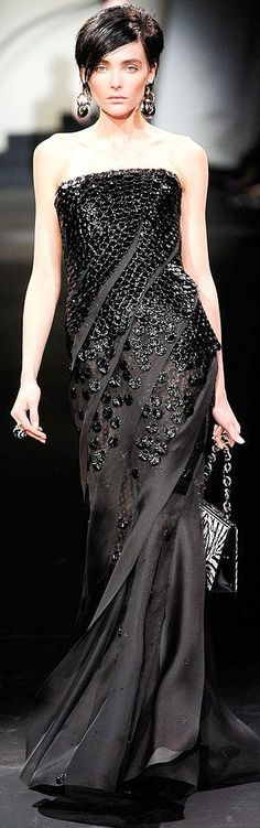 Armani Privé Fall 2009 Couture Fashion Show
