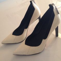DV pumps Awesome dolce vita off white pumps/ heels. Snakeskin!!! Very comfy. Super sexy. High quality. Great condition- worn x3 times Dolce Vita Shoes Heels