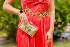 Look de boda con vestido rojo de Halston Heritage Dresseos Crimenes de la Moda