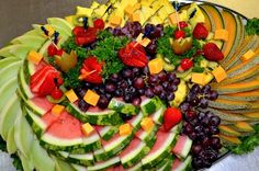 Fruit Trays, Fruit Plate, Party Platters, Food Platters, Vegan Vegetarian, Vegetarian Recipes, Progressive Dinner, Wedding Reception Food, Fruit Arrangements