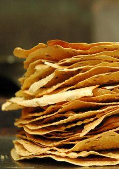 Mount Everest Restaurant Kamppi - Lapinlahdenkatu Helsinki - Very tasty Indian/Nepali Kitchen, good use of spices - ★★★★☆ Helsinki, Mount Everest, Restaurants, Snack Recipes, Spices, Chips, Hotels, Tasty