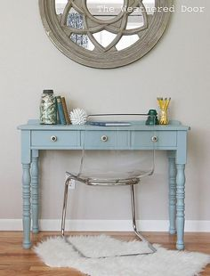 A Beachy Writing Desk: Maybe I should try this color on the writing desk in my living room. Furniture Makeover, Diy Furniture, Furniture Projects, Plywood Furniture, Wood Projects, Modern Furniture, Furniture Design, Mid Century Modern Dresser, Bedroom Decor