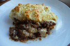 Nutritional Facts for Shepherd's Pie (Low Carb)  Serving Size: 1 (250 g)    Servings Per Recipe: 4  Amount Per Serving   % Daily Value   Calories 360.6     Read more: http://www.food.com/recipe/shepherds-pie-low-carb-82820#ixzz1iqDiBNjL
