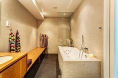 Apartment Design, Luxury Villas Bathroom Decoration And Wooden Bath Furnuture Z Cozy Swedish Villa 6: Nobility Simplicity Luxury Villa Desig...