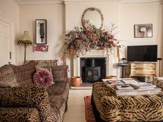 Designer Pearl Lowe has finally found her forever home — after living in 21 houses Animal Print Furniture, Art Deco Furniture, Modern Furniture, Beautiful Interiors, Beautiful Homes, Pearl Lowe, Design My Kitchen, Antique Sofa, Georgian Homes