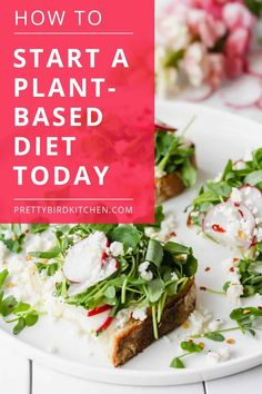 Here's how to start a plant-based diet for beginners. Get started today with these super helpful transition tips! Plant Based Eating, Plant Based Diet, Plant Based Recipes, Healthy Lifestyle Tips, Healthy Habits, Natural Lifestyle, Lifestyle Group, Whole Food Recipes, Diet Recipes