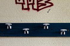 » Erika, el grafiti y el perchero Hodari Fotoblog