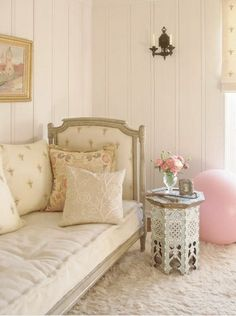 .My Daybed..........