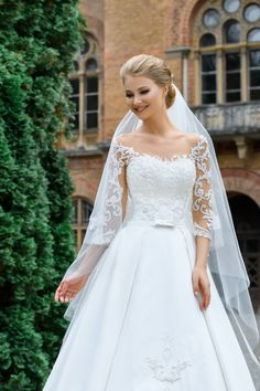 Aire Barcelona Wedding Dresses, Stunning Wedding Dresses, Custom Wedding Dress, White Wedding Dresses, Elegant Wedding, Bridal Dresses, Beautiful Dresses, Wedding Gowns, 2017 Bridal