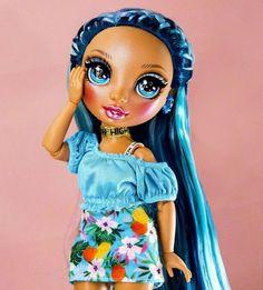 Bratz Doll, Barbie Dolls, Dc Superhero Girls Dolls, Polymer Clay Cupcake, Foto Pose, Lol Dolls, Barbie Clothes, Hippy, Fashion Dolls