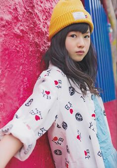 A stunning Casual!Yui from the 2014 SG Graduation Photobook