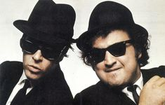 Blues Brothers - La prima volta di Jake ed Elwood - un articolo del 1979 Chevy Chase, Robin Williams, Saturday Night Live, Blues Brothers 1980, National Lampoons, Hollywood, Secret Life, Rolling Stones, Comedians