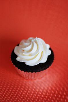 my favorite swiss meringue buttercream frosting recipe beantown baker adventures in a boston kitchen