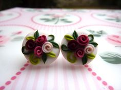 Earrings with burgundy and pink roses polymer clay handmade - Orecchini con rose bordeaux e rosa in fimo fatto a mano