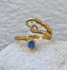 Blue Rings, Gold Rings, Octopus Ring, Blue Gemstones, Garnet Gemstone, Tentacle, Gold Fashion, Adjustable Ring, Unique Rings