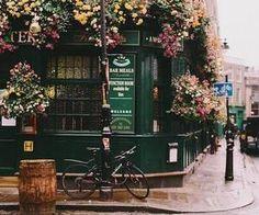 #florals #flowerlined #prettystreet