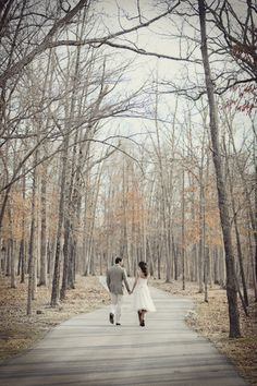 Must-Have Photos Take a romantic stroll through the fallen leaves.