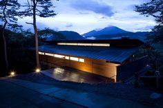 Re5074d26b28ba0d5a3200001d_house-in-asamayama-kidosaki-architects-studio_0029-1000x666.jpg