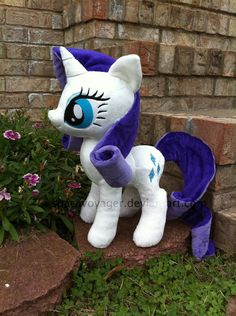 Rarity by *SpaceVoyager No wire in her mane or tail!