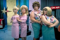 Colleen Fitzpatrick, Debbie Harry, Divine, and Ricki Lake, Hairspray, 1988