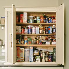 30 secret cleaners hiding in your pantry
