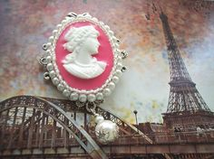 Sale Lady in Pink Victorian Cameo Brooch/Pendant/Necklace Combination - pinned by pin4etsy.com